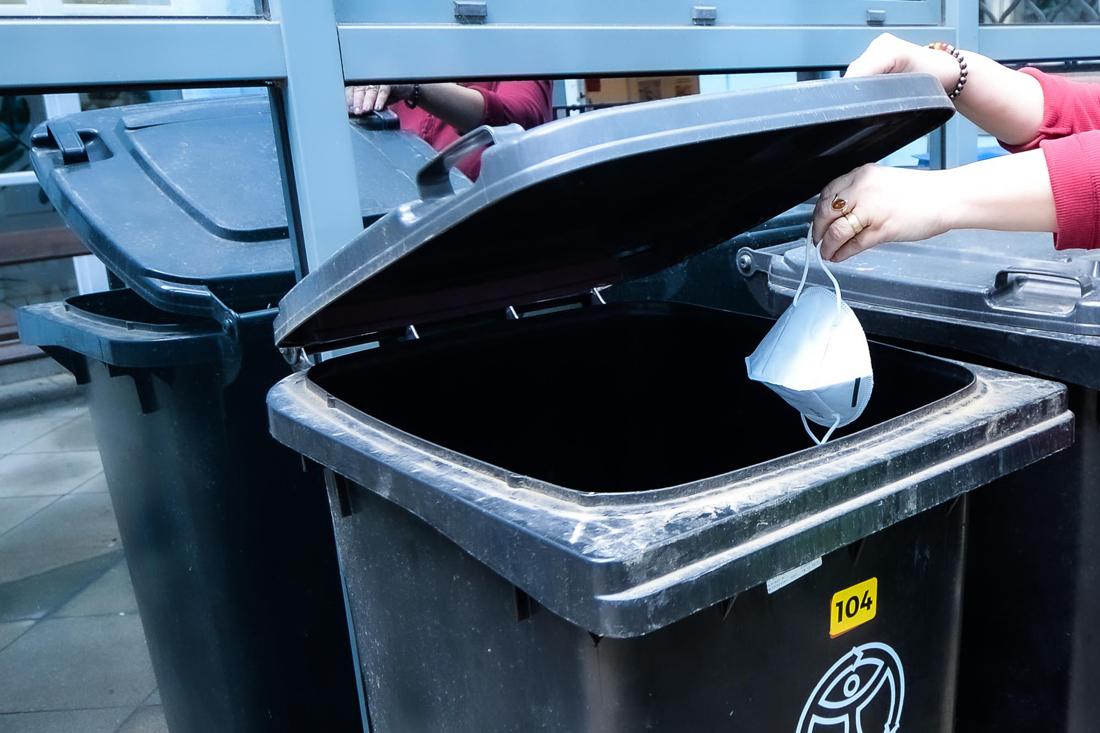 Respirátor do odpadu (ilustrační foto)
